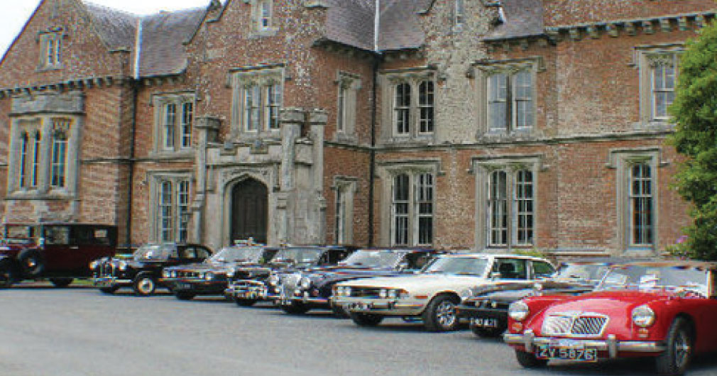 cars and coffee at wells house and gardens