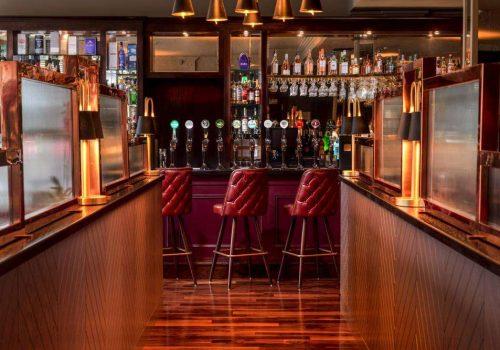 Bar Tender –  Amber Springs Hotel