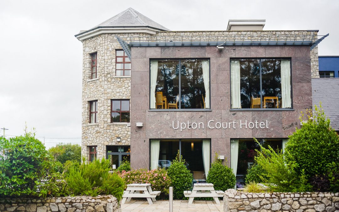 Part time Bar / Waiting Staff  | Upton Court Hotel